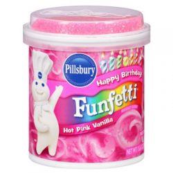 Nappage rose à la vanille et confettis en sucre roses