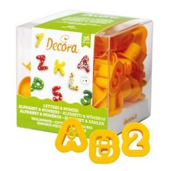 36 emporte pièces mini en plastique lettres et chiffres