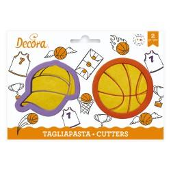 """Set de 2 emporte-pièces """"Casquette et ballon de basketball"""""""