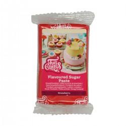 Pâte à sucre rouge aromatisée à la fraise - 250 g