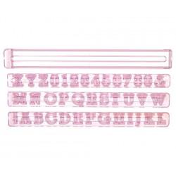 Emporte-pièces lettres capitales et chiffres